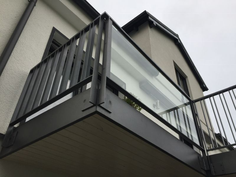 metallbau kliewer balkongel nder stahl. Black Bedroom Furniture Sets. Home Design Ideas